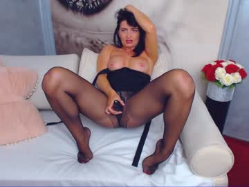 At Chaturbate I'm Named Katedolly! I'm 34 Years Of Age, Europe Is Where I Live
